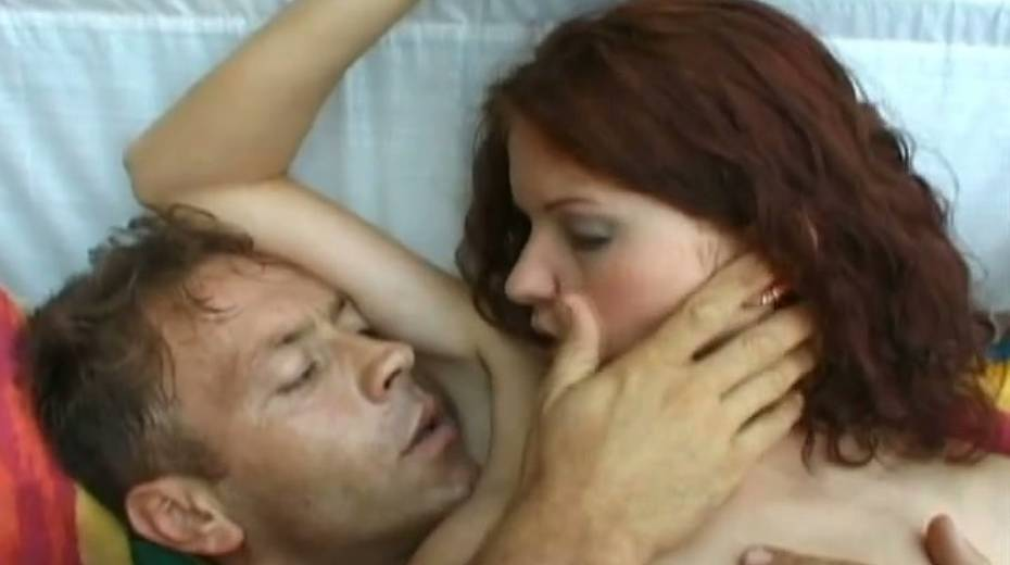 Porn actor Rocco Sifreddi analyzes red haired chick after blowjob sesison - 11. pic