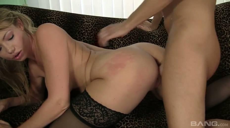 Curvy chick Maya Hills and her big bouncing boobies - 24. pic