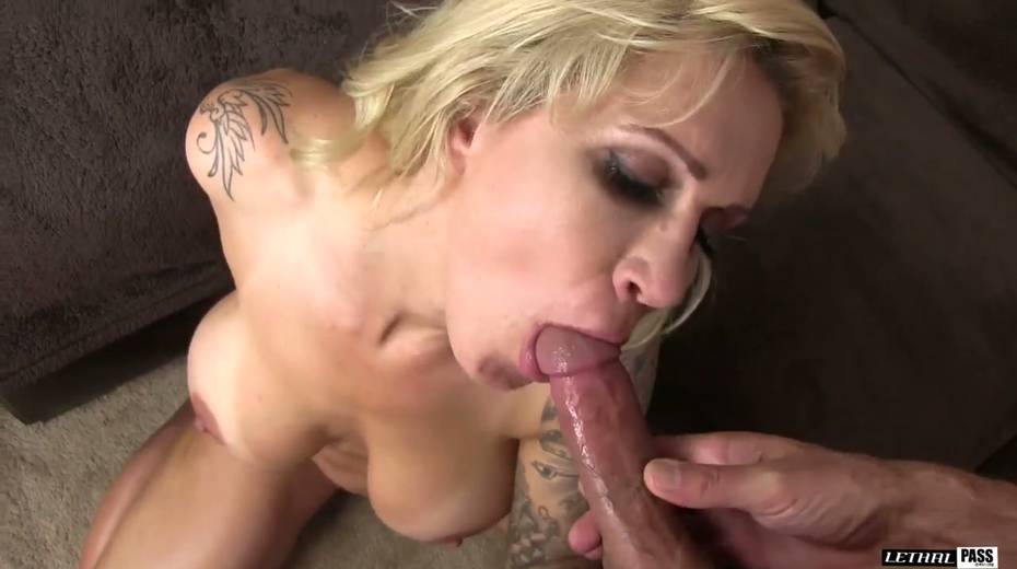 Bootylicious and big tittied harlot Ryan Conner gets laid like three's no tomorrow - 11. pic