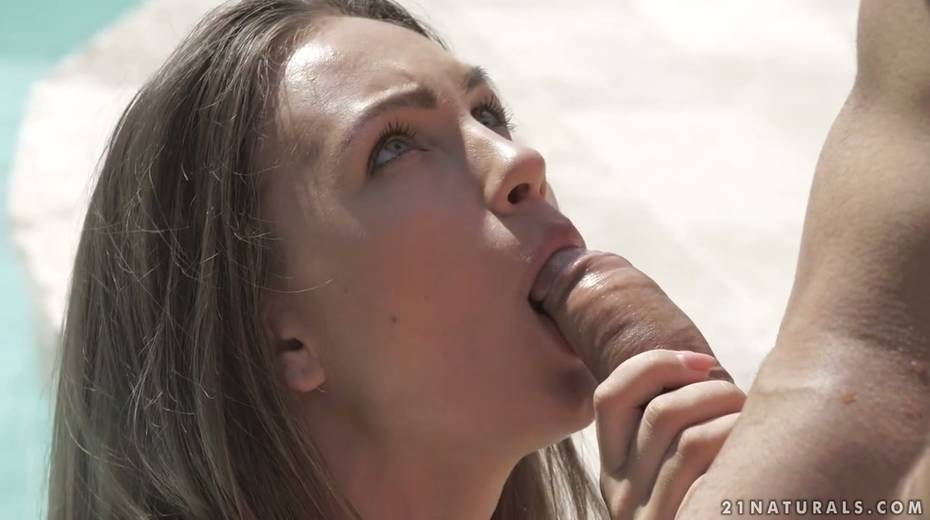Small tittied babe Veronica Clark is making love by the poolside - 4. pic