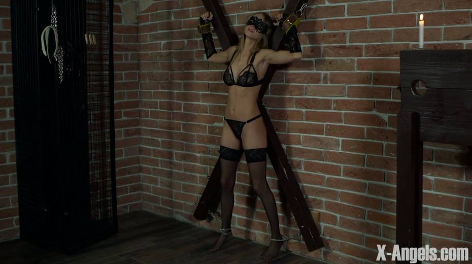 Slim babe with juicy tits Nancy is chained and punished in the basement - 1. pic