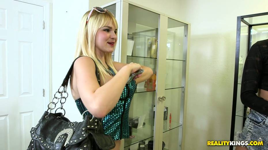 Nasty chick Alli Rae is flashing her boobs for cash - 19. pic