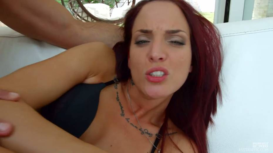 Red haired slut Lien Parker enjoys fisting and pussy anal pounding - 14. pic