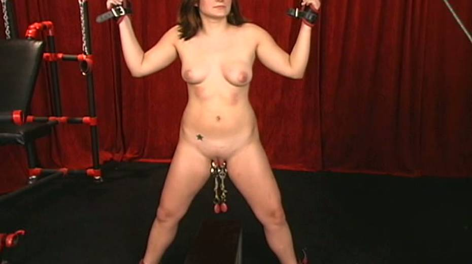 Cunning master uses clover clips on her nipples with some weights - 6. pic