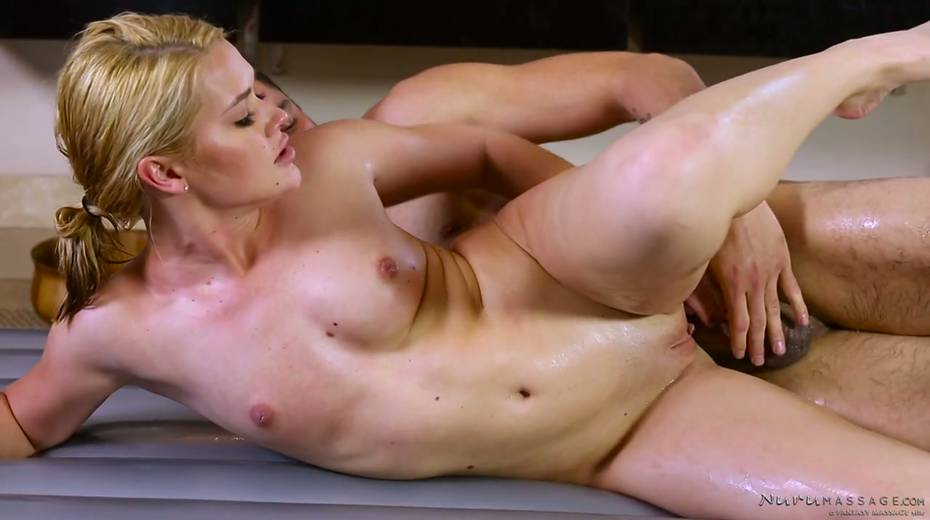 Skilled masseuse Abby Cross provides regular client with excellent nuru massage - 28. pic
