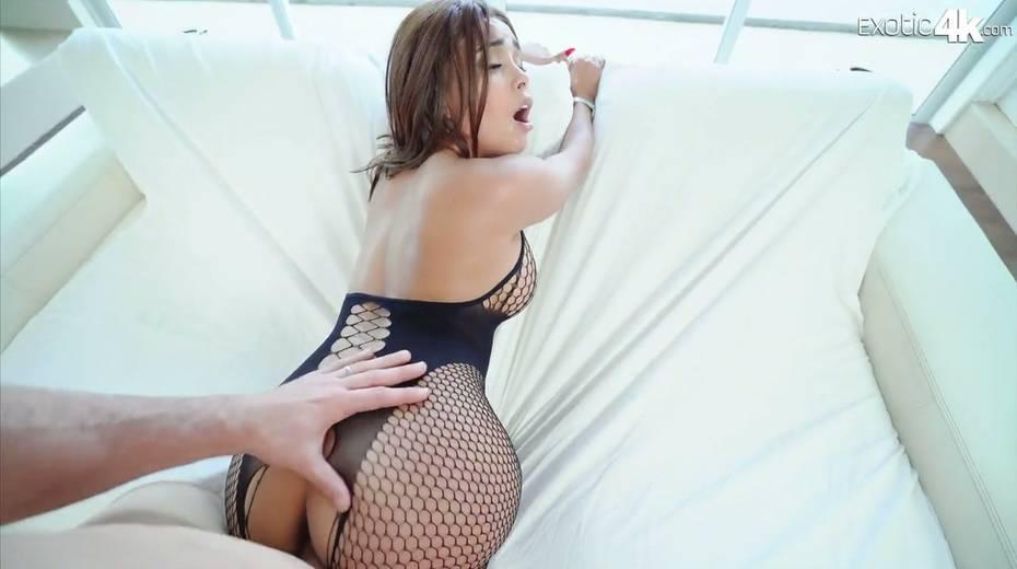 Hot blooded J Mac fucks exotic babe with huge boobs Aaliyah Hadid - 15. pic