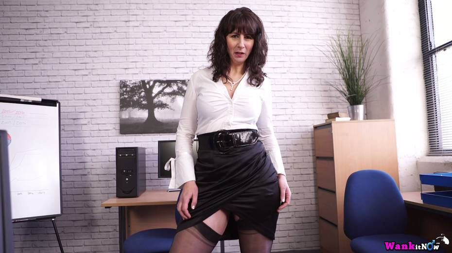 Middle aged secretary Toni Lace  masturbates her pussy in the office - 6. pic