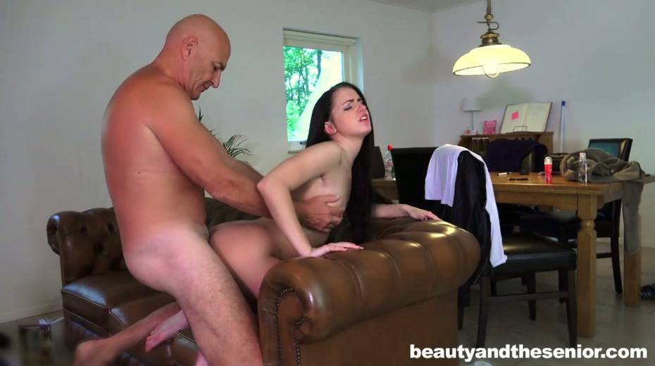 Young gal Kittina Ivory is having 69 sex with elder bald headed dude - 9. pic