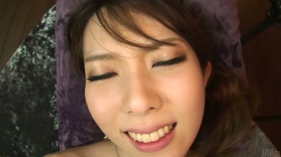 Hairy twat and creampied anus of sizzling Asian hottie Yui Hatano - 26. pic