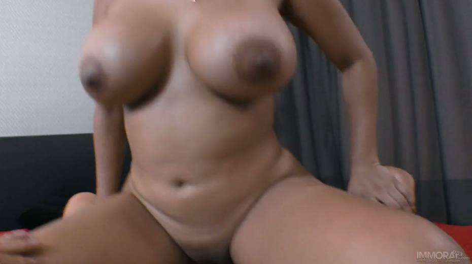 Mouth watering Venezuelan bitch Kesha Ortega takes cumshots on her big tanned ass - 11. pic