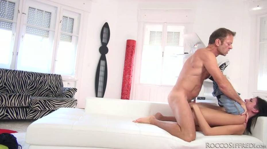 Rocco Siffredi makes this hot chick swallow his entire cock - 15. pic