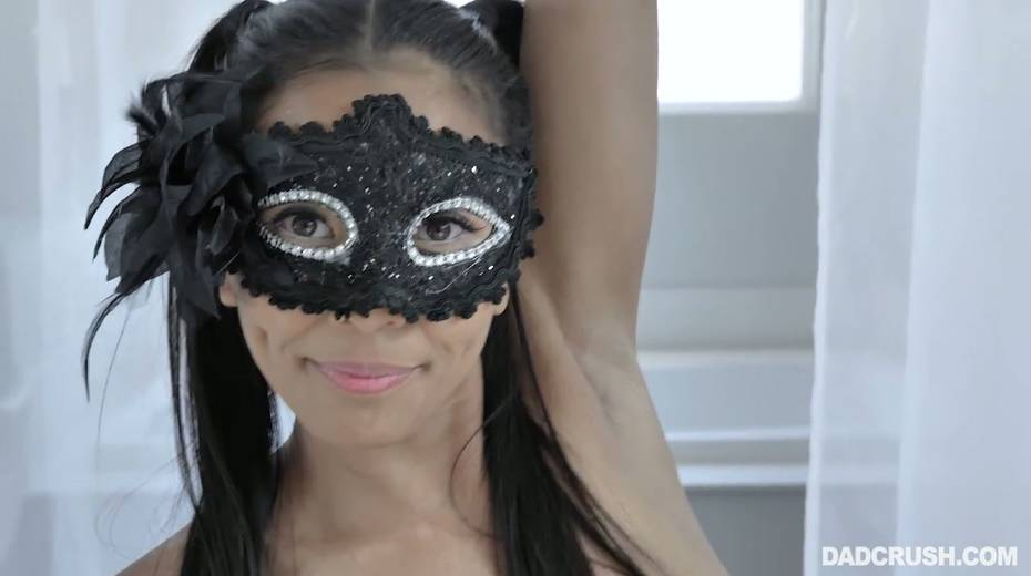 Nude Asian stepdaughter in carnival mask Jada Kai tries to seduces her step daddy - 21. pic