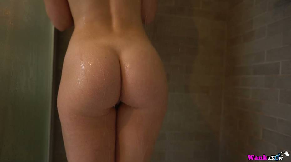 Ample breasted and bootylicious babe Sophie K is taking a shower - 3. pic