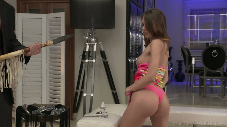 Skinny chick Veronica Clark is craving for hardcore anal pounding - 6. pic