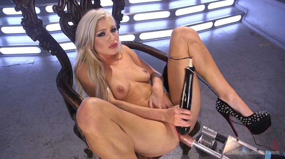Famous bitch Cameron Dee enjoys testing crazy sex machine - 13. pic