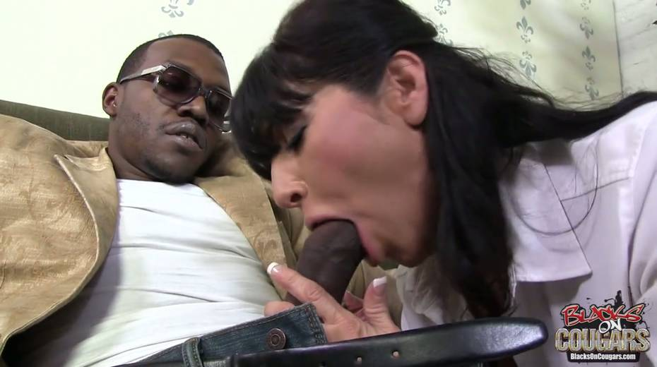 Addicted to black dicks Tara Holiday goes wild on BBC - 2. pic