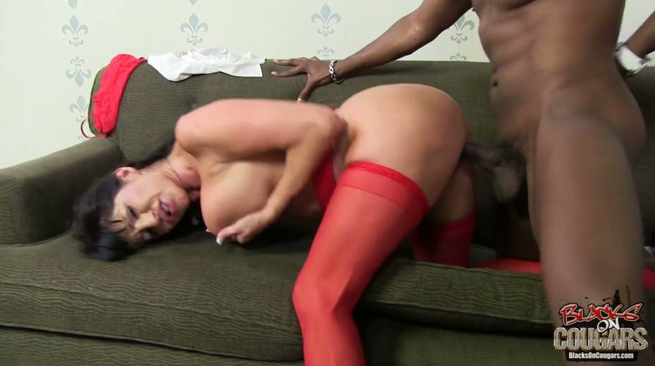 Addicted to black dicks Tara Holiday goes wild on BBC - 13. pic