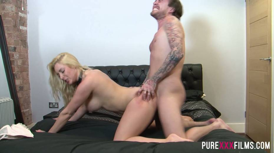 Fucking hot slut with jewel in her butt hole Victoria Summers takes dick in her twat - 8. pic