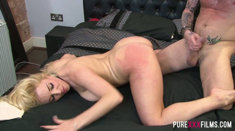 Fucking hot slut with jewel in her butt hole Victoria Summers takes dick in her twat - 15. pic