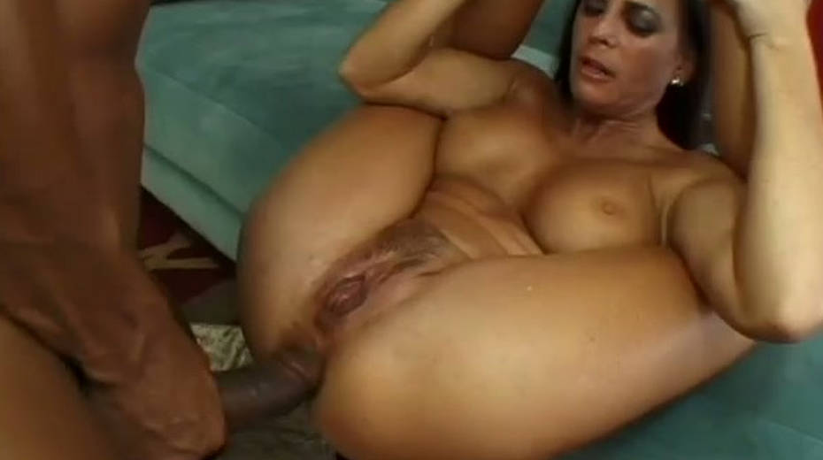 Lewd cougar with a petite ass gets brutalized by a huge black cock - 1. pic