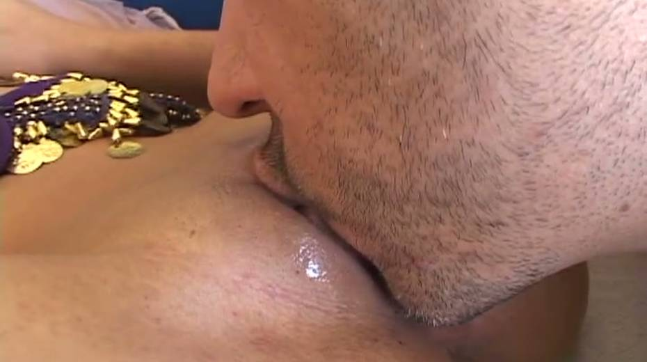 Horny dude is licking that pussy like it has the winning lottery numbers in it - 7. pic