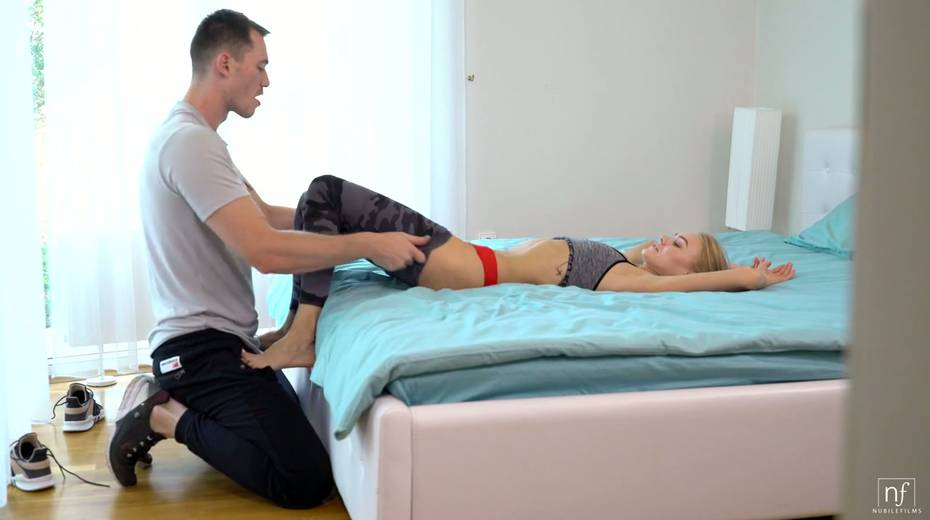 Lecherous Nancy A and her boyfriend are having sex fun after jogging - 5. pic