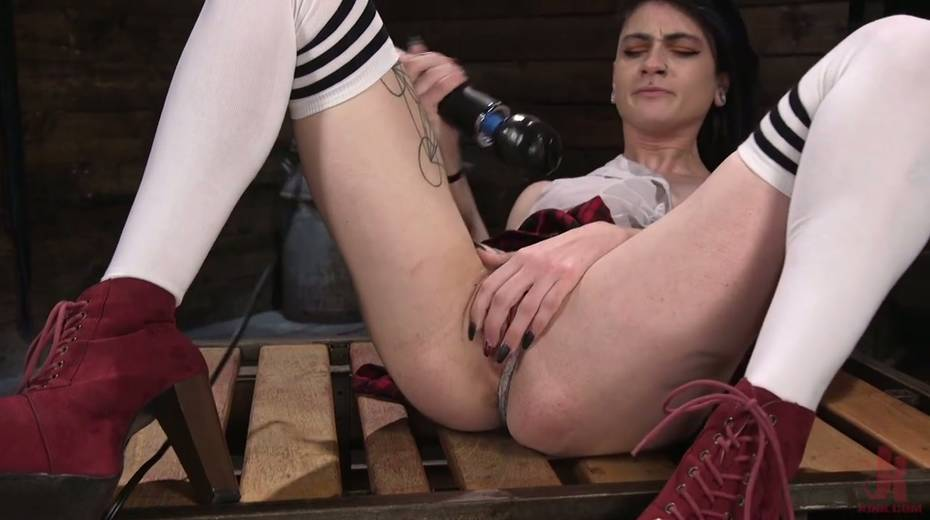 Informal girl Lydia Black is testing crazy fucking machine and new vibrator - 12. pic