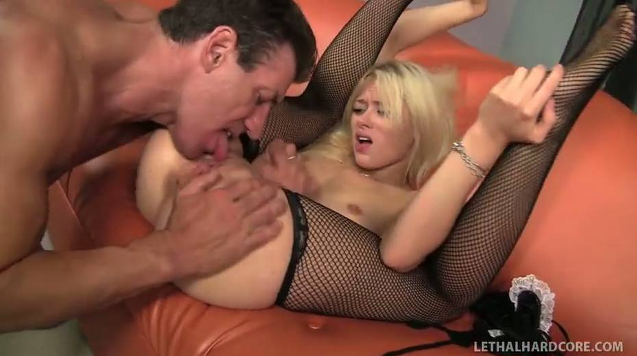Rebecca Blue fucked brutally in a doggy position - 2. pic