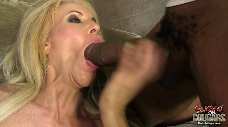 White whore Erica Lauren is taking two big black hoses in threesome scene - 11. pic