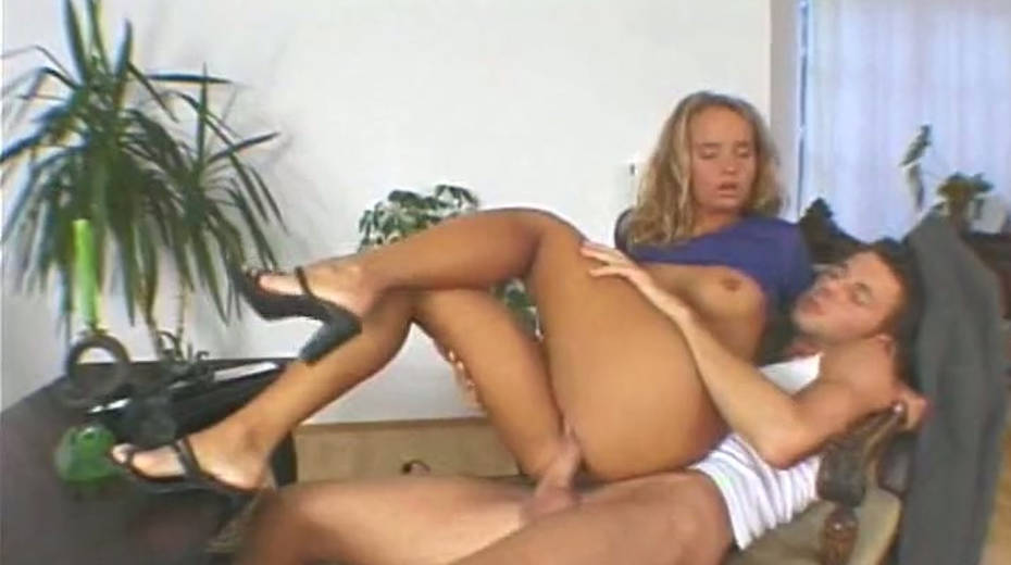 That trimmed pussy of hers looks even prettier with a dick in it - 1. pic