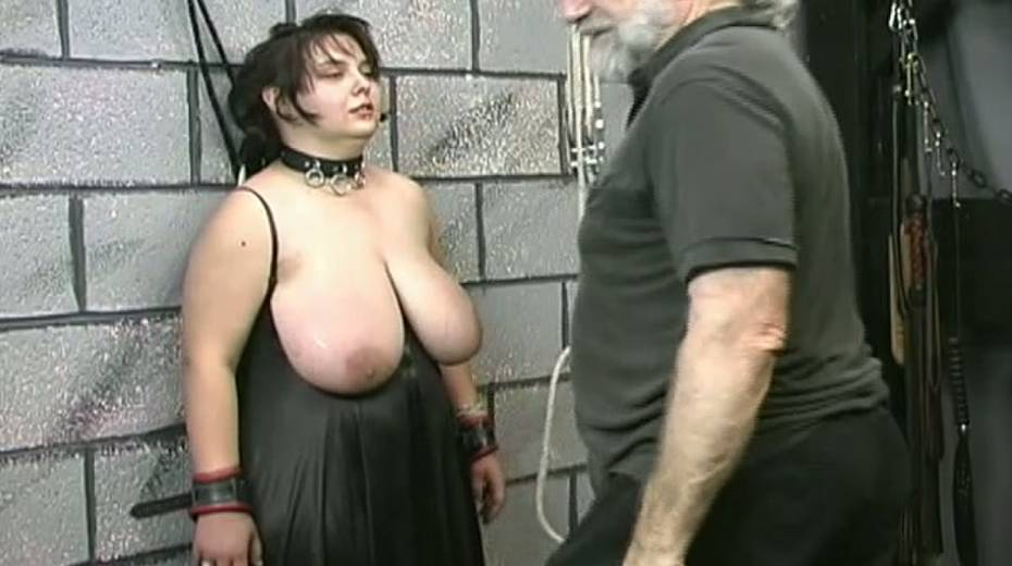Huge boobed BBW slut getting her balloons tied up in bondage porn video - 3. pic