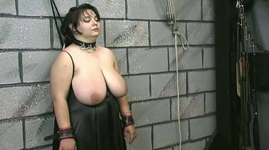 Huge boobed BBW slut getting her balloons tied up in bondage porn video - 5. pic