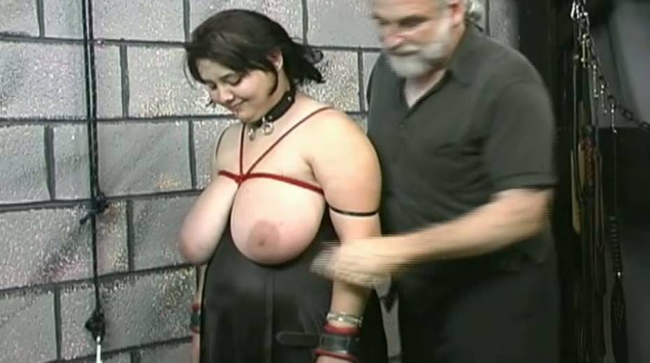 Huge boobed BBW slut getting her balloons tied up in bondage porn video - 15. pic