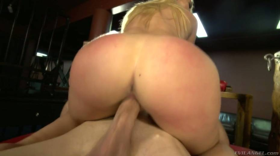 Sultry blond hooker AJ Applegate squirts and gets messy facial - 22. pic