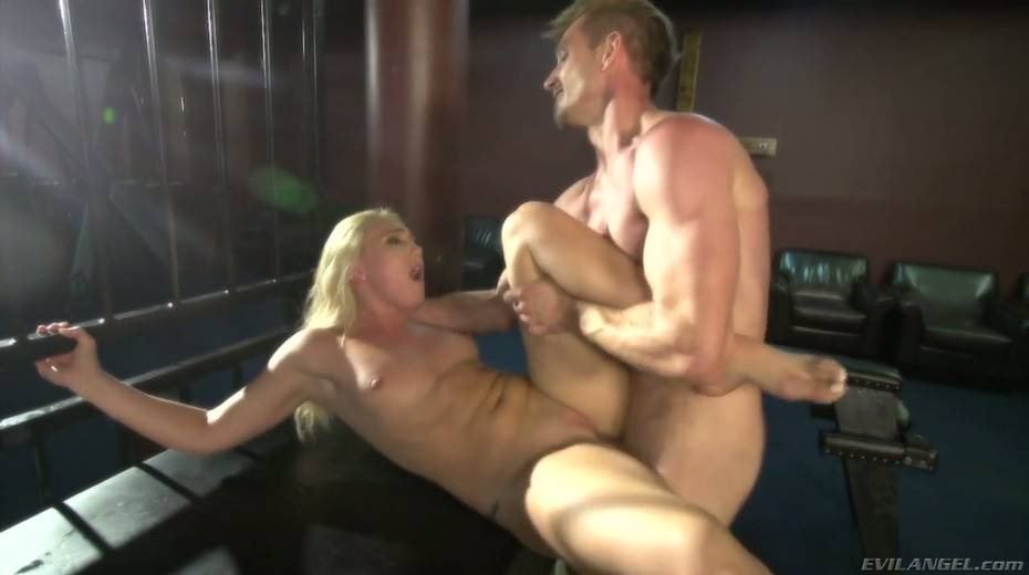 Sultry blond hooker AJ Applegate squirts and gets messy facial - 27. pic
