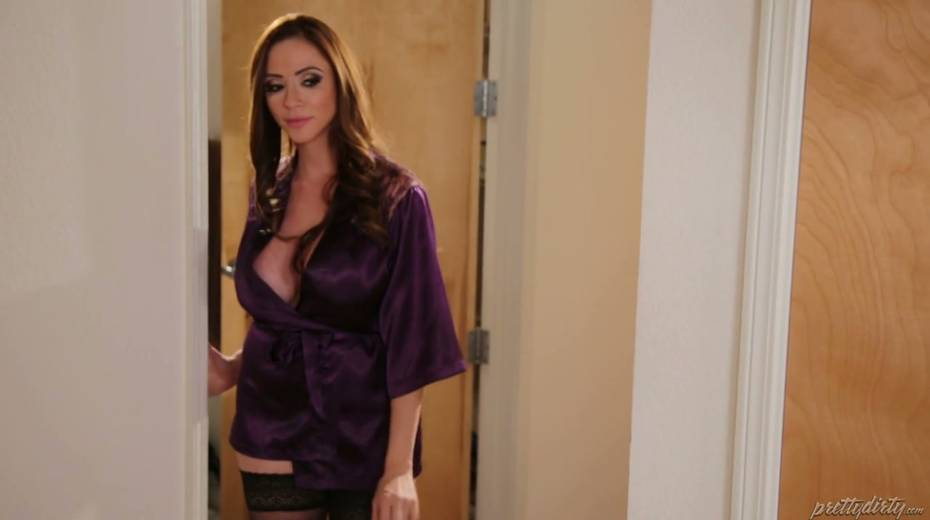 Fucking hot red haired milf Ariella Ferrera enjoys having passionate sex - 2. pic
