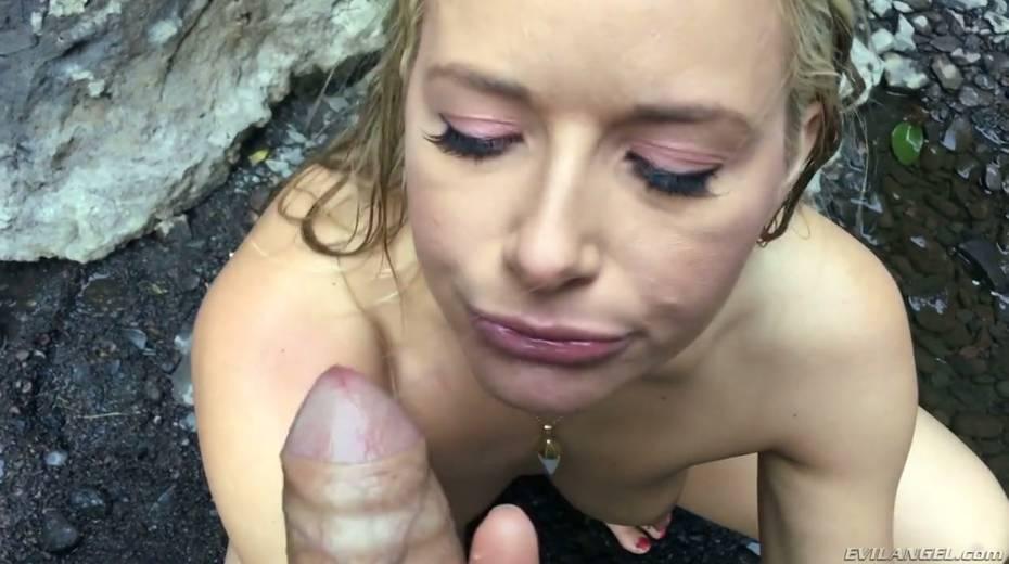 Stunning porn model Anikka Albrite has wild sex near a waterfall - 28. pic