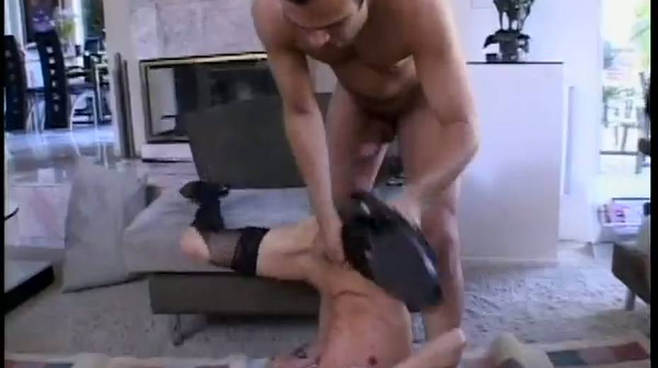 Skinny porn bitch double penetrated in hardcore threesome action - 6. pic