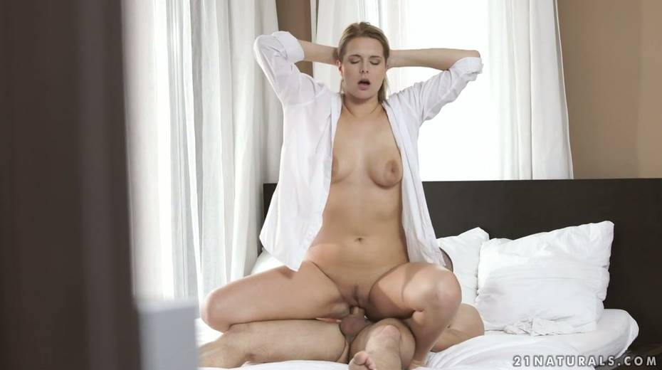 Sensual babe Nikki Dream swallows thick dong and rides it reverse and face to face - 17. pic