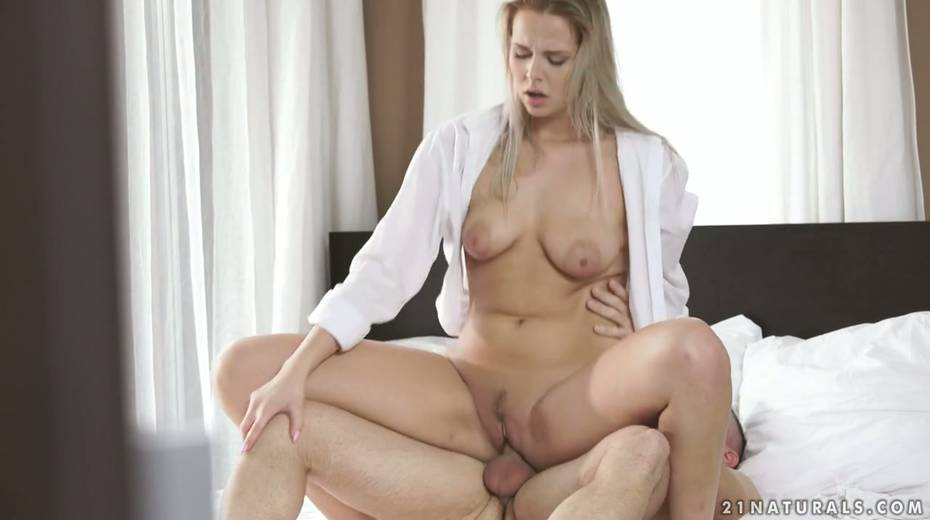 Sensual babe Nikki Dream swallows thick dong and rides it reverse and face to face - 22. pic