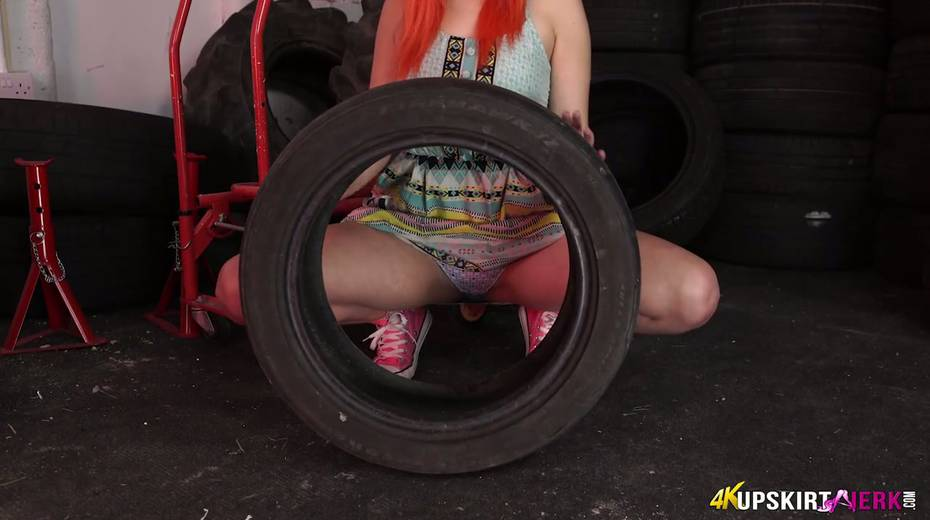 Yummy plump pussy of slutty red head from the tyre store - 14. pic