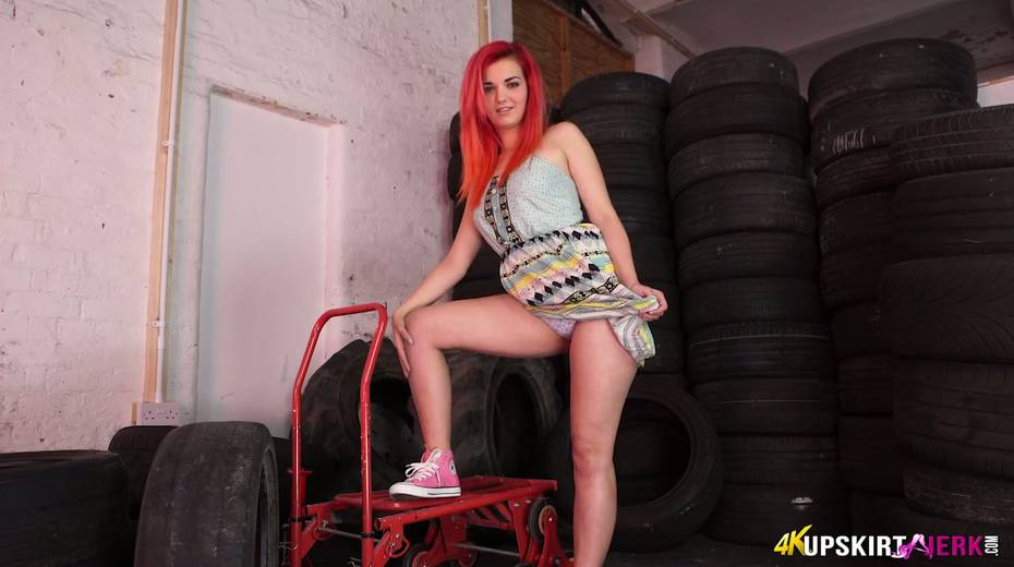 Yummy plump pussy of slutty red head from the tyre store - 21. pic
