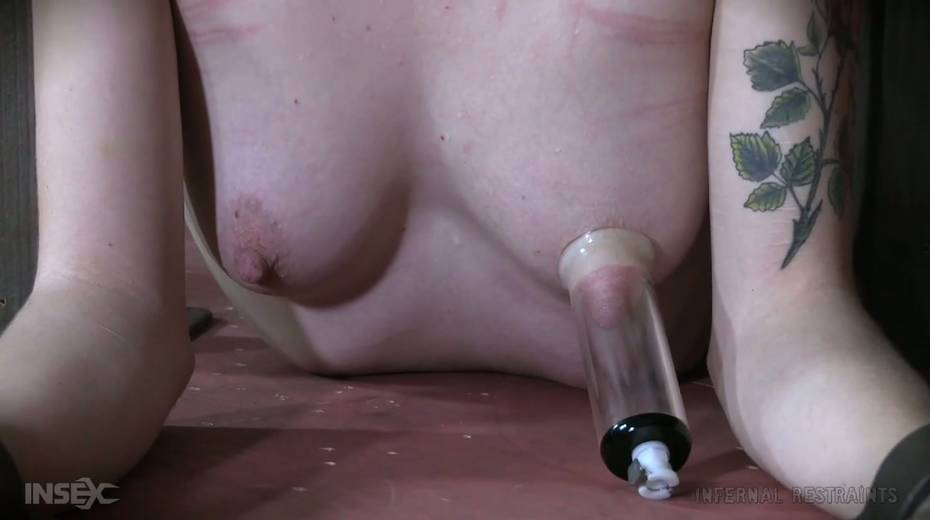 Dude makes use of vice to punish Billy Nyx's hard and perky nipples - 14. pic
