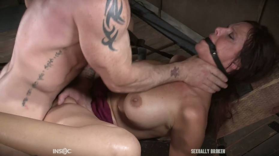 Two kinky dudes fuck nasty busty milf Syren De Mer and punish her holes - 23. pic