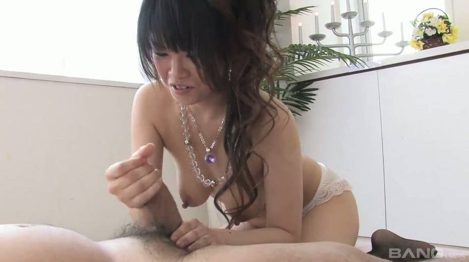Cum-thirsty Asian chick gives the best ever tugjob and blowjob - 25. pic