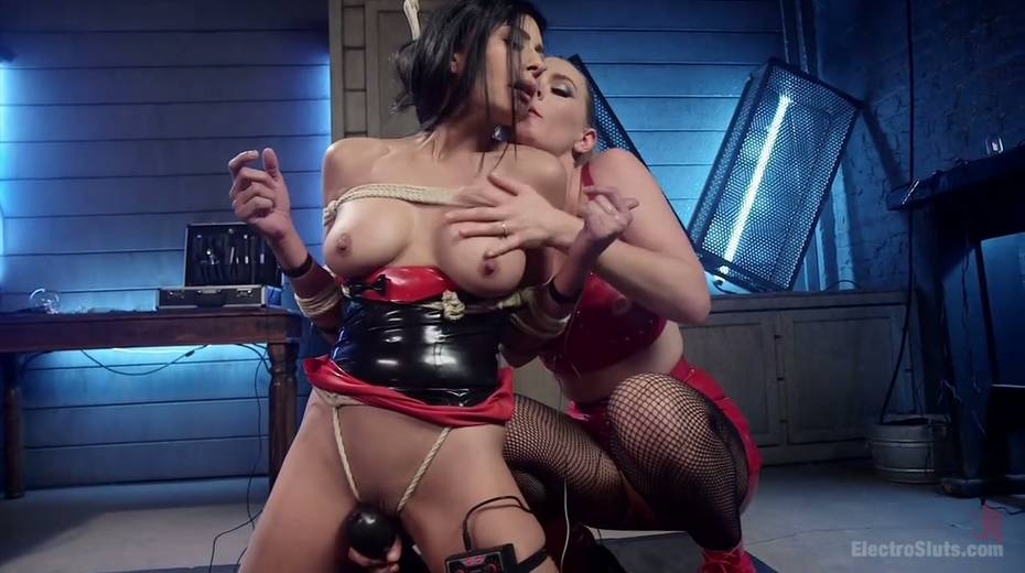 Lecherous porn model Beretta James is punished by electro slut - 7. pic