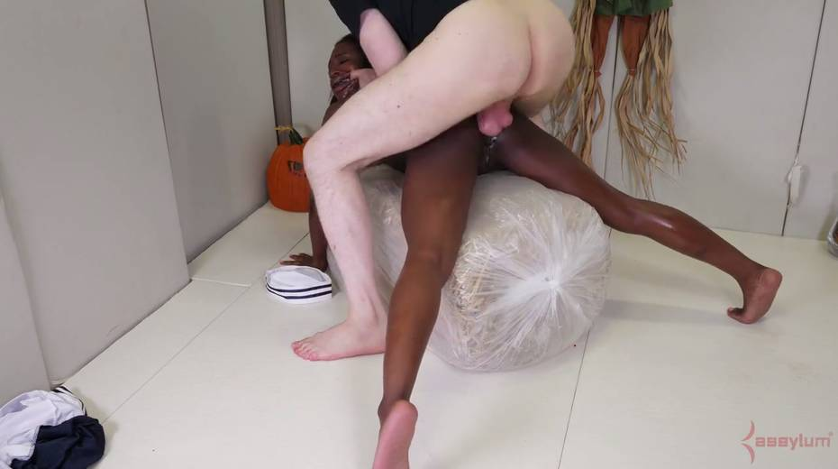 Black like a coal chick Noemie Bilas gets her anus toyed and rammed hard - 11. pic