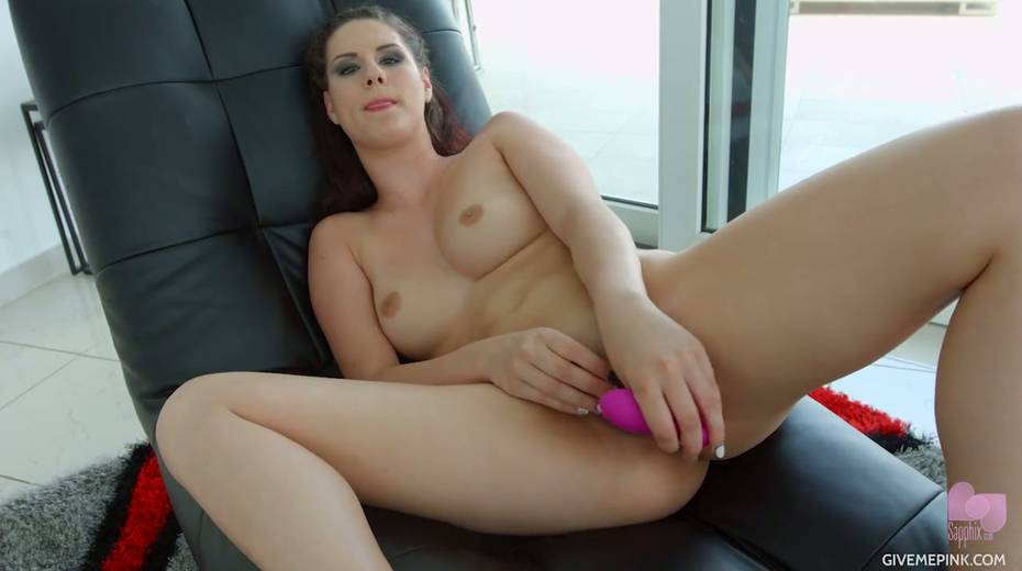 Stunning Hungarian chick Gia Mulino is masturbating her snatch with sex toys - 15. pic