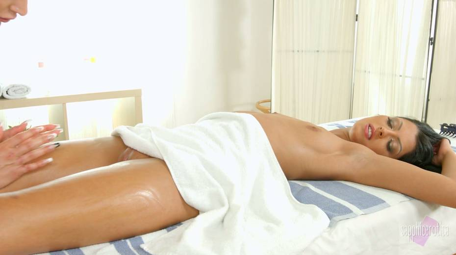Hungarian babe Vivien Bell is licking wet pussy of sex-appeal masseuse - 9. pic