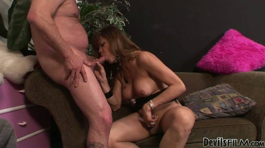 This ladyboy loves giving BJs just as much as she loves receiving BJs - 5. pic